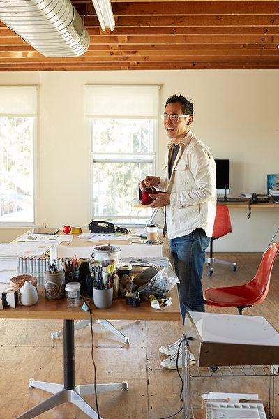 Yoshihiro Makino - Portraits & Artists